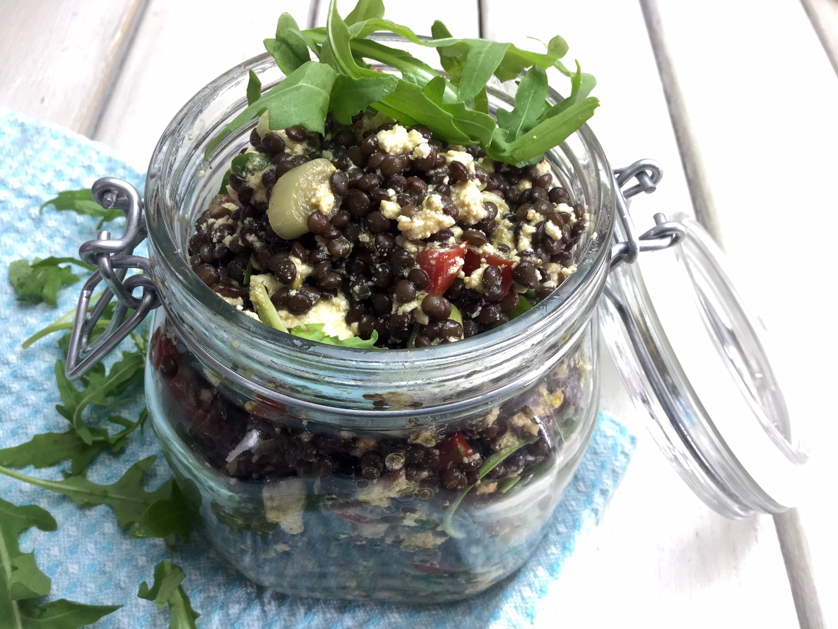 Rezept Beluga Linsen Salat mit Rucola und VegiBelle